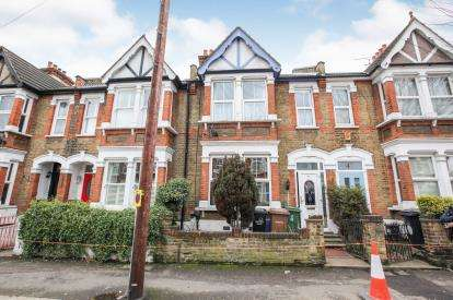 4 Bedrooms Terraced House for sale in Leytonstone, London