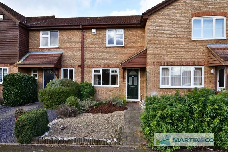 2 Bedrooms Terraced House for sale in Colwyn Close, Stevenage SG1