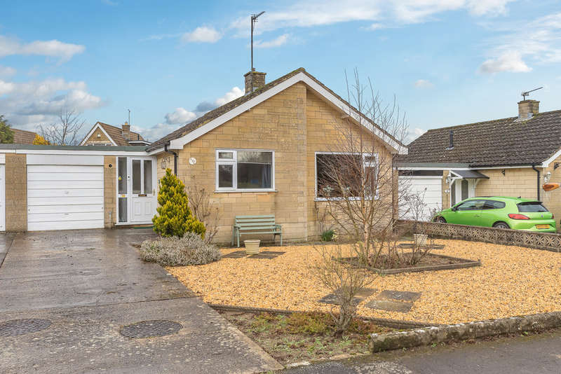 2 Bedrooms Detached Bungalow for sale in Ashley Close, Whitley