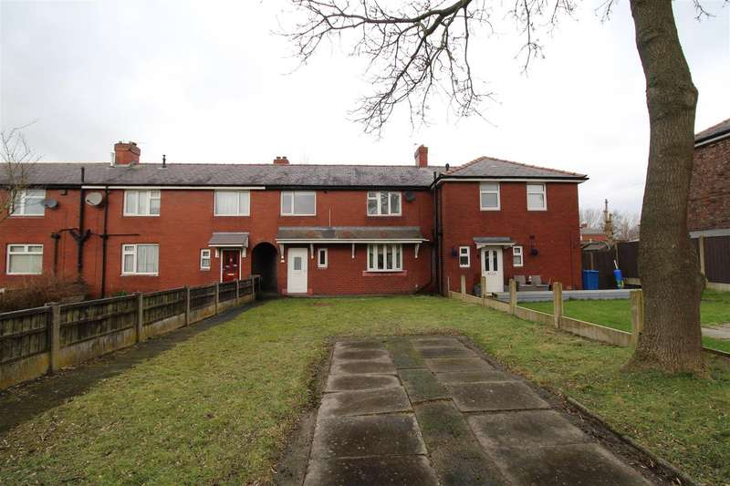 3 Bedrooms Town House for sale in Fir Grove, Beech Hill, Wigan