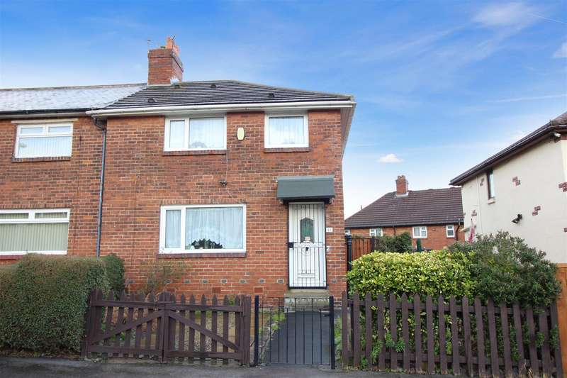 3 Bedrooms Semi Detached House for sale in Rookwood Crescent, Leeds