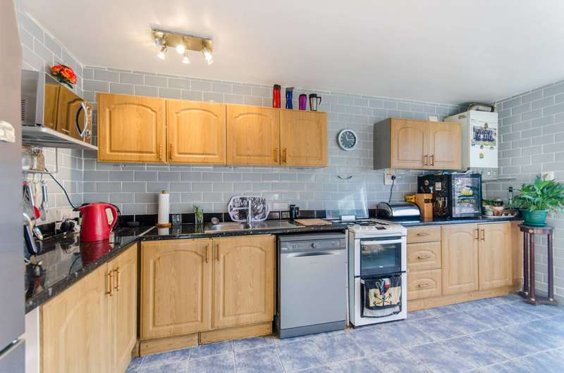 4 Bedrooms House for sale in Drayford Close, Maida Hill, W9