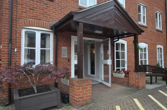 1 Bedroom Property for sale in Paynes Park, Hitchin