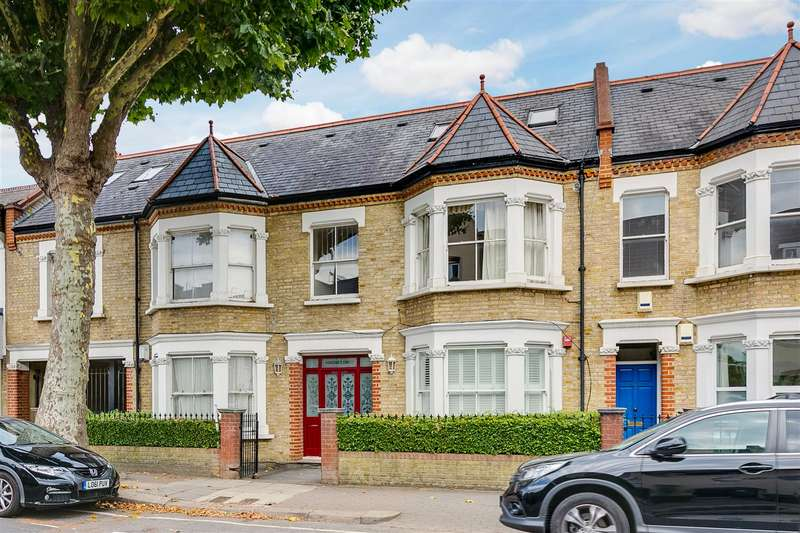 1 Bedroom Flat for sale in Somerset Court, Acton Lane, Chiswick