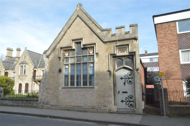 3 Bedrooms Detached House for sale in Northgate, Sleaford