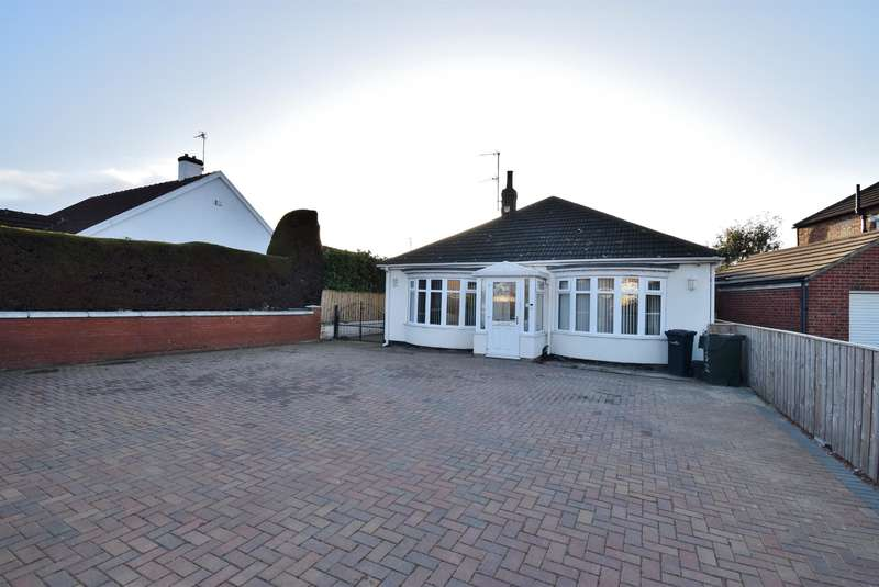 3 Bedrooms Detached Bungalow for sale in Acklam Road, Acklam, Middlesbrough, TS5 4PT