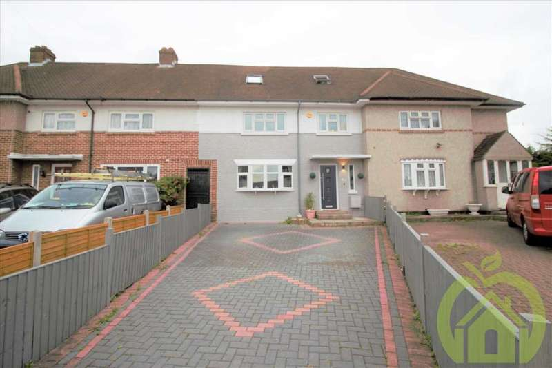 6 Bedrooms Terraced House for sale in Wordsworth Close, ROMFORD