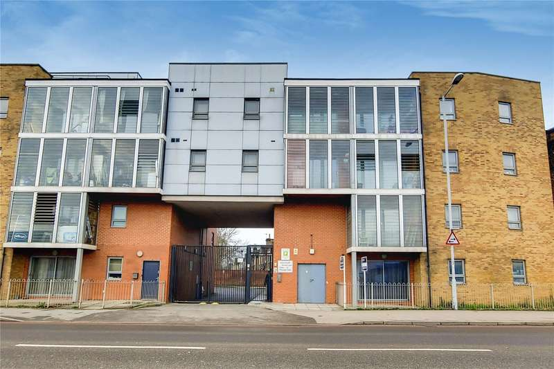 2 Bedrooms Property for sale in Lea Court, 143 Broad Lane, London