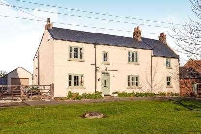 4 Bedrooms Link Detached House for sale in Cowpen Bewley, Billingham
