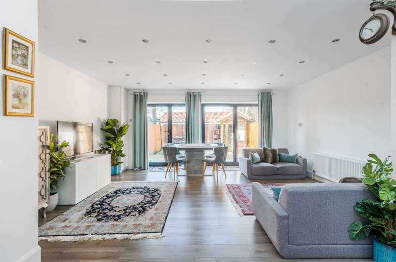 6 Bedrooms House for sale in Dunbar Avenue, Streatham, SW16