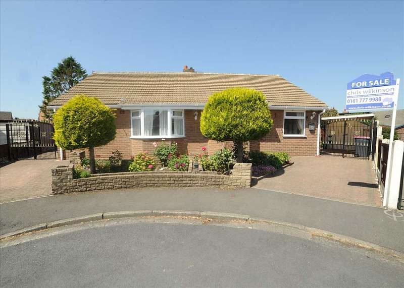 4 Bedrooms Bungalow for sale in 27 Platts Drive, Irlam, Manchester M44 6NF