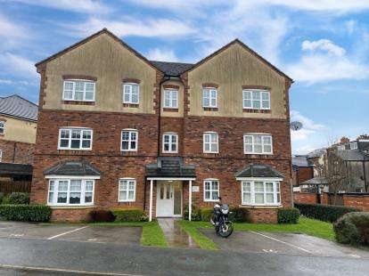 1 Bedroom Flat for sale in Hudson Close, Deane, Bolton, Greater Manchester, BL3