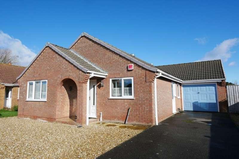 3 Bedrooms Detached Bungalow for sale in Drakes Close, Sandilands, Mablethorpe, LN12