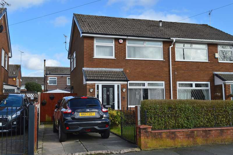 3 Bedrooms Semi Detached House for sale in Mill Gate, Hollins, Oldham, OL8 4JU