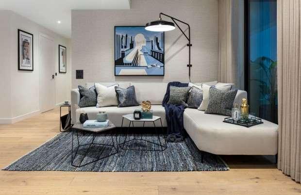 2 Bedrooms Apartment Flat for sale in Golden Lane, Barbican, EC1Y