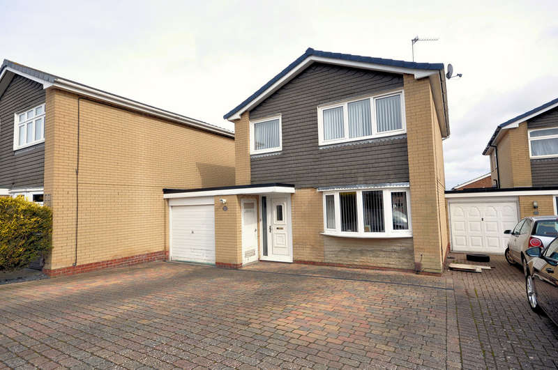 3 Bedrooms Detached House for sale in Ash Walk, East Leake
