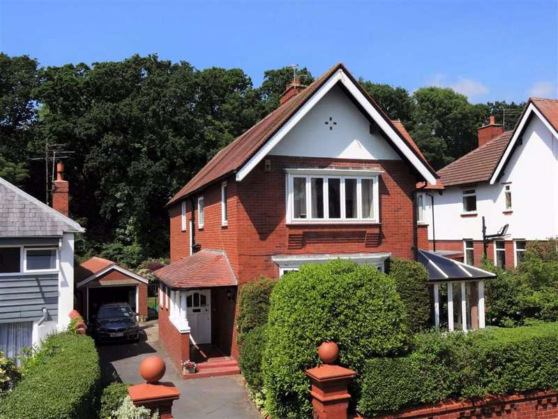 4 Bedrooms Detached House for sale in Norfolk Road, Lytham