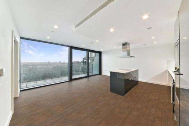 3 Bedrooms Flat for sale in Royal Mint Gardens, Royal Mint Street, London