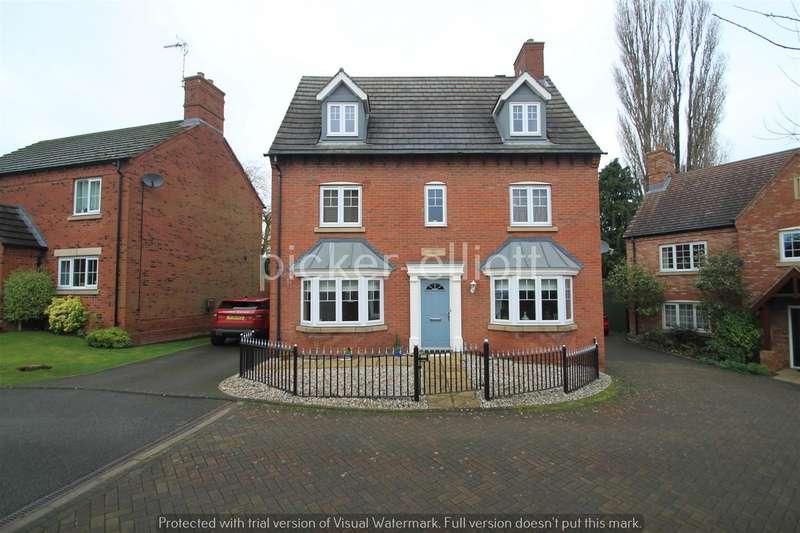 5 Bedrooms Detached House for sale in Bradgate Gardens, Hinckley