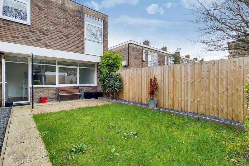 4 Bedrooms Terraced House for sale in Portland Grove, London SW8