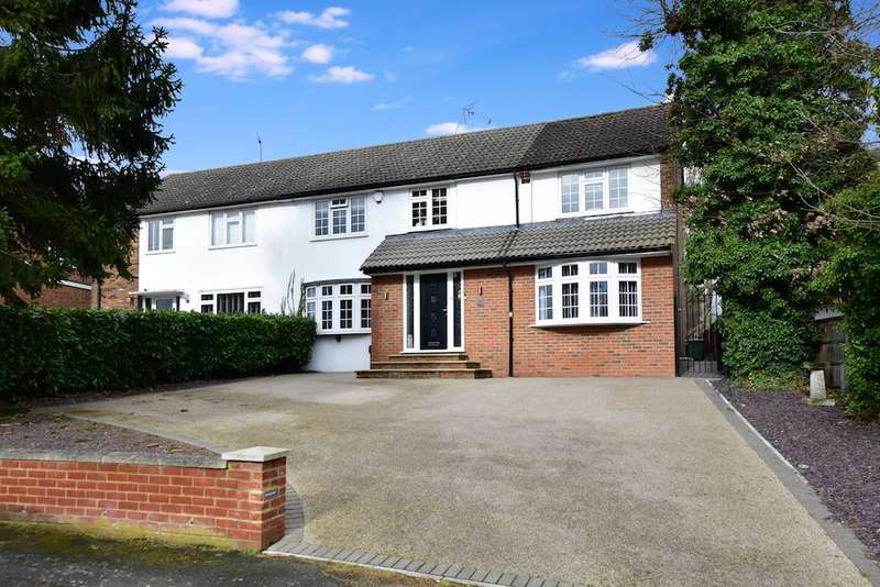 4 Bedrooms Semi Detached House for sale in Post Meadow, Iver Heath, SL0
