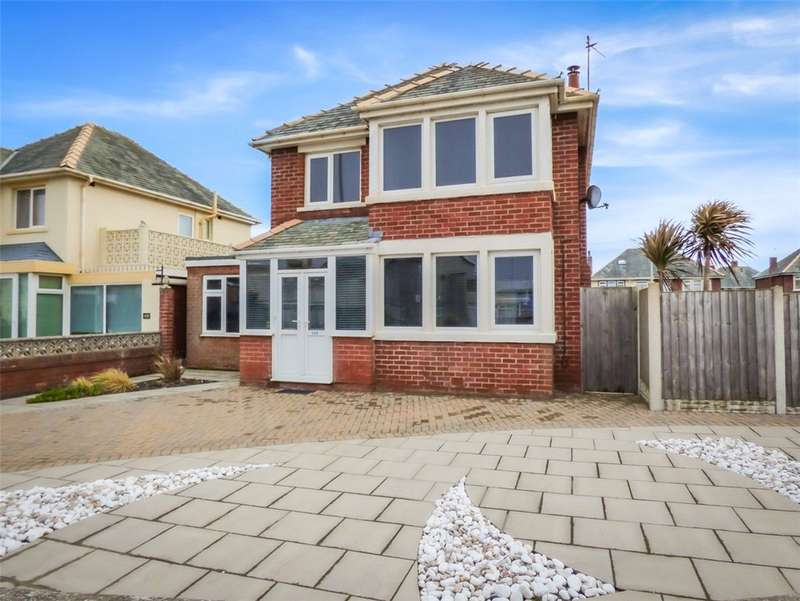 3 Bedrooms Detached House for sale in Clifton Drive, South Shore, Blackpool