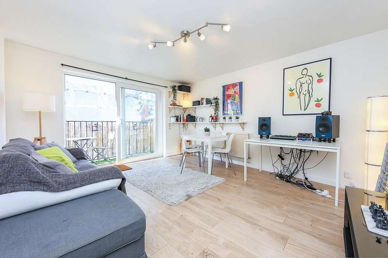 2 Bedrooms Flat for sale in Halcrow Street, London E1