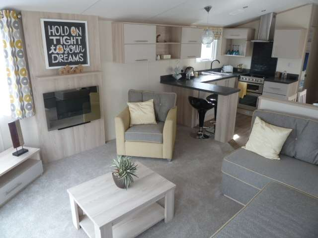 2 Bedrooms Caravan Mobile Home for sale in Woodlands Hall Holiday Park, Ruthin