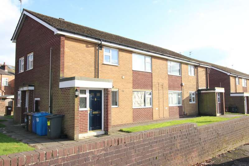 2 Bedrooms Apartment Flat for sale in Moorside Road, Swinton, Manchester, Greater Manchester, M27