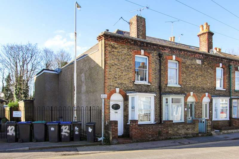 2 Bedrooms Terraced House for sale in Canterbury Road, Whitstable