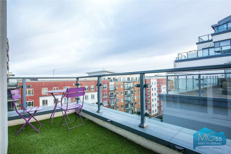 2 Bedrooms Apartment Flat for sale in Croft House, 21 Heritage Avenue, Edgware, London, NW9