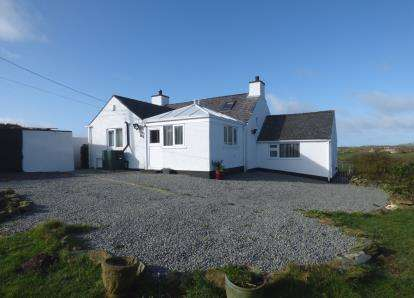 2 Bedrooms Detached House for sale in Rhosgoch, Sir Ynys Mon, LL66