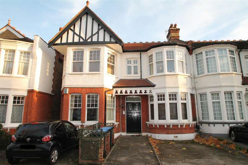 1 Bedroom Flat for sale in Cranley Gardens, Palmers Green, London N13