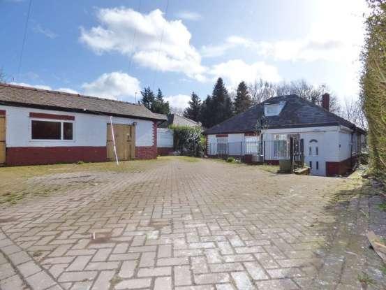 Detached Bungalow for sale in Brockholes Brow, Preston, PR1 5TQ