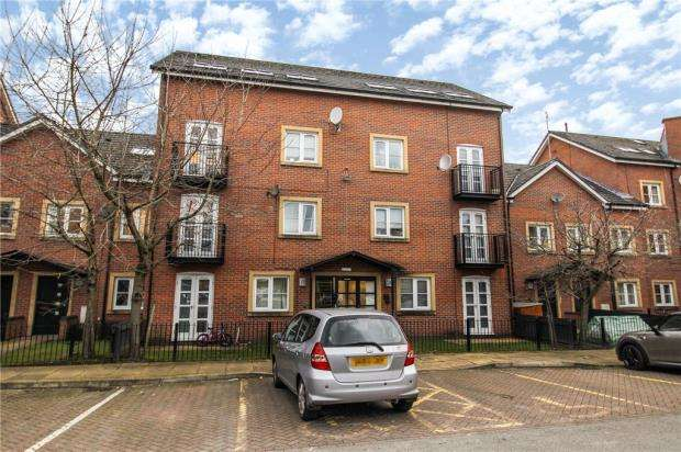 3 Bedrooms Apartment Flat for sale in Hulme, Manchester