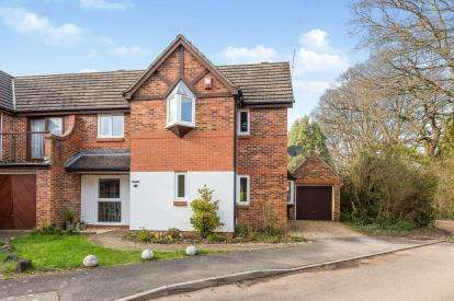3 Bedrooms Semi Detached House for sale in Ashurst, Hampshire