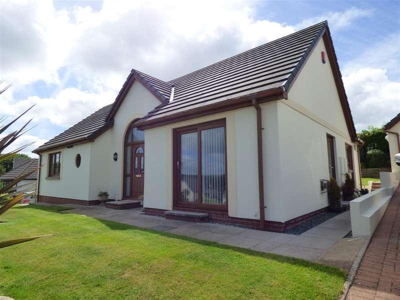 4 Bedrooms Bungalow for sale in Coram Drive, Honeyborough, Neyland