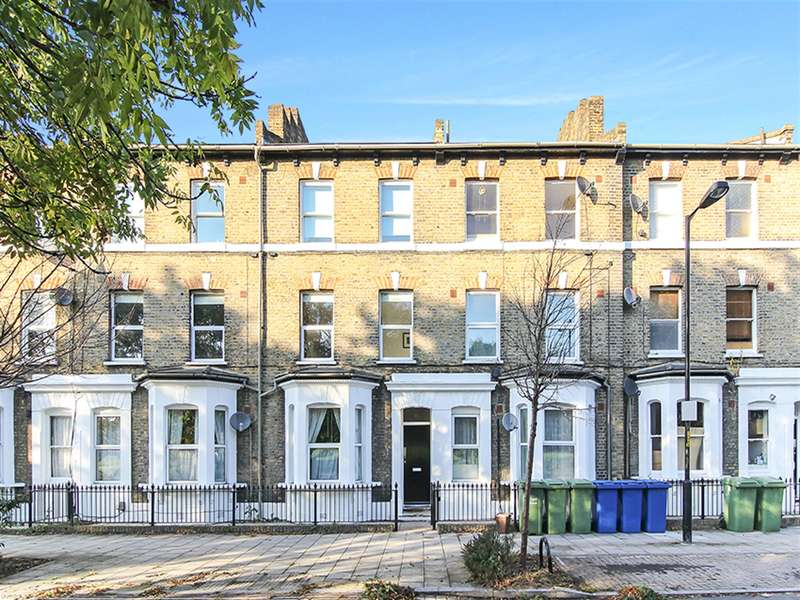 2 Bedrooms Flat for sale in Chatham Street, London , SE17 1PA