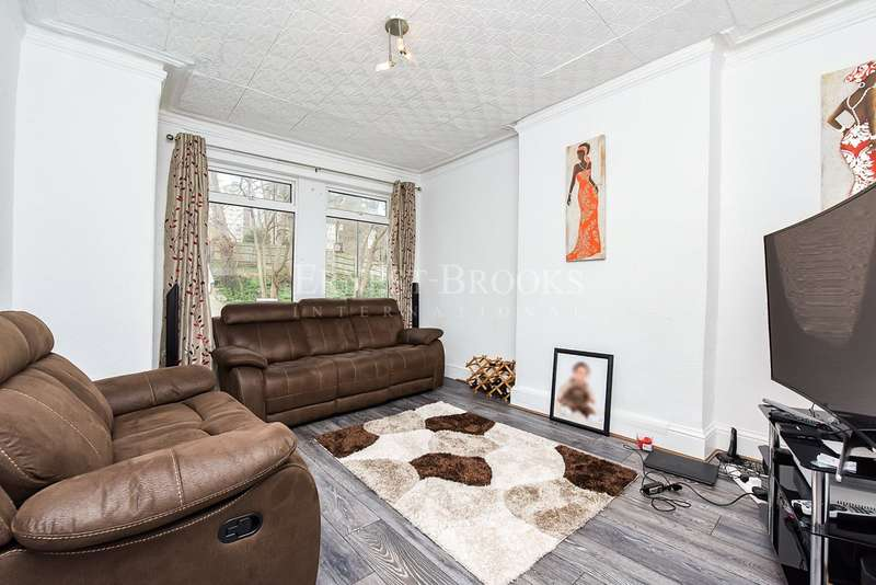 2 Bedrooms End Of Terrace House for sale in Vicarage Park, Woolwich, SE18