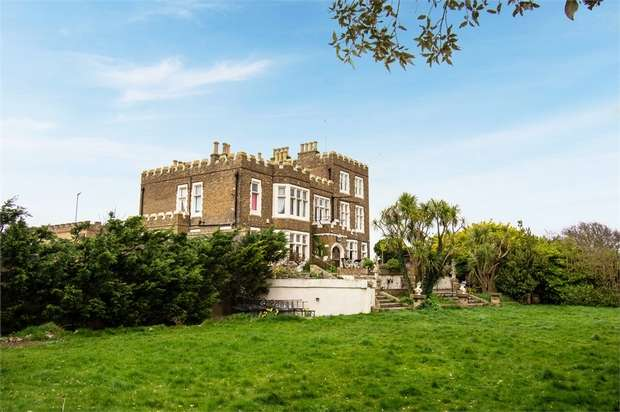 7 Bedrooms Detached House for sale in Fort Road, Broadstairs, Kent