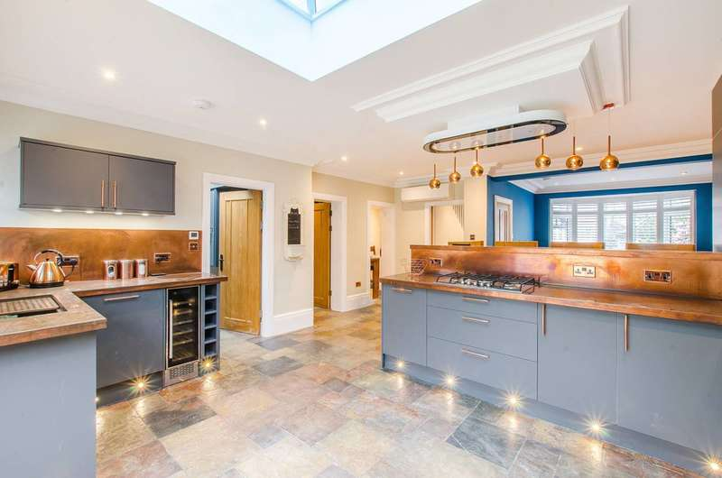 4 Bedrooms House for rent in Ankerdine Crescent, Shooters Hill, SE18