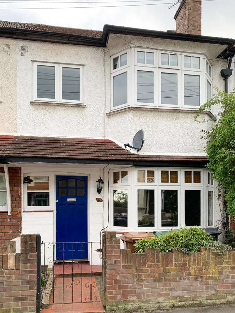 3 Bedrooms Terraced House for rent in Garfield Road, Chingford, E4