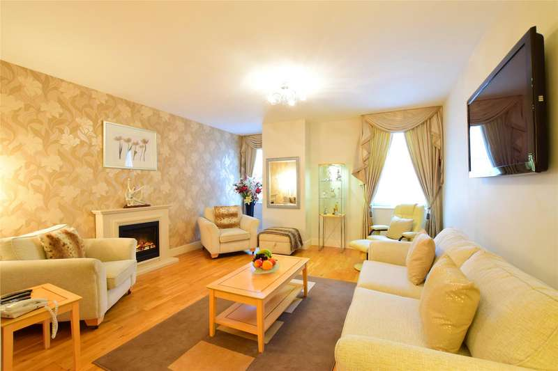 2 Bedrooms Flat for sale in Garden House, Calverley Street, TUNBRIDGE WELLS, Kent, TN1