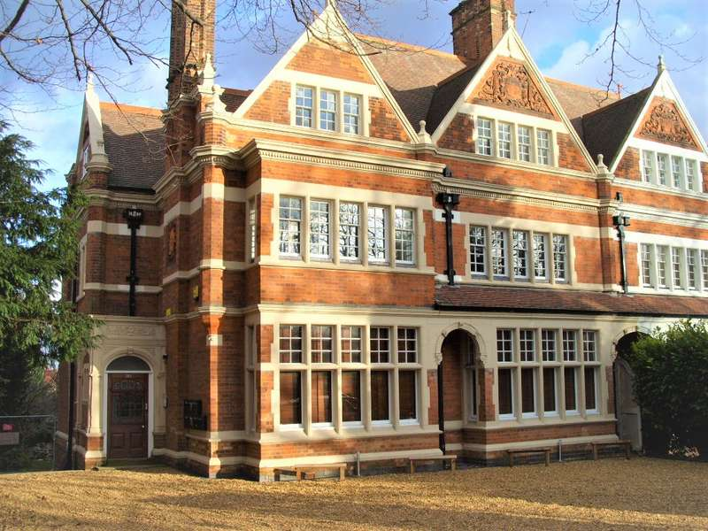 9 Bedrooms Block Of Apartments Flat for sale in London Road, Clarendon Park, Leicester, LE2 2AG
