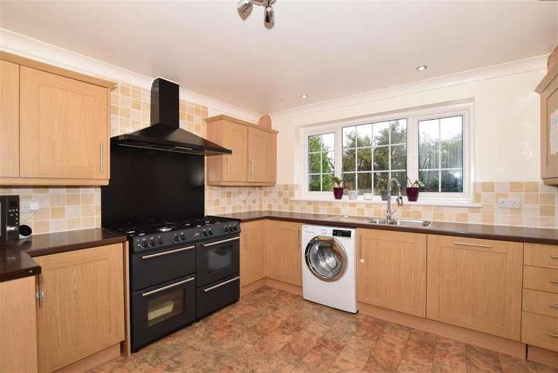 4 Bedrooms Semi Detached House for sale in Heath Road, , Coxheath, Maidstone, Kent