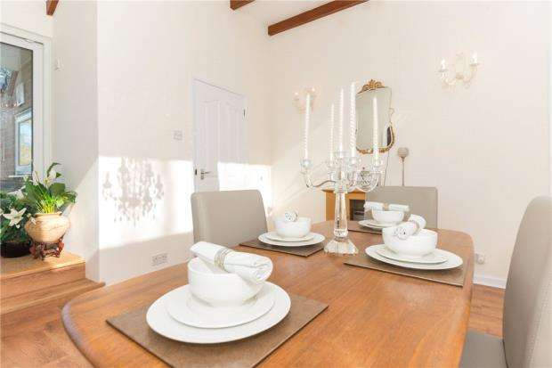 5 Bedrooms Detached Bungalow for sale in Blunts Hall Road, Witham, Essex