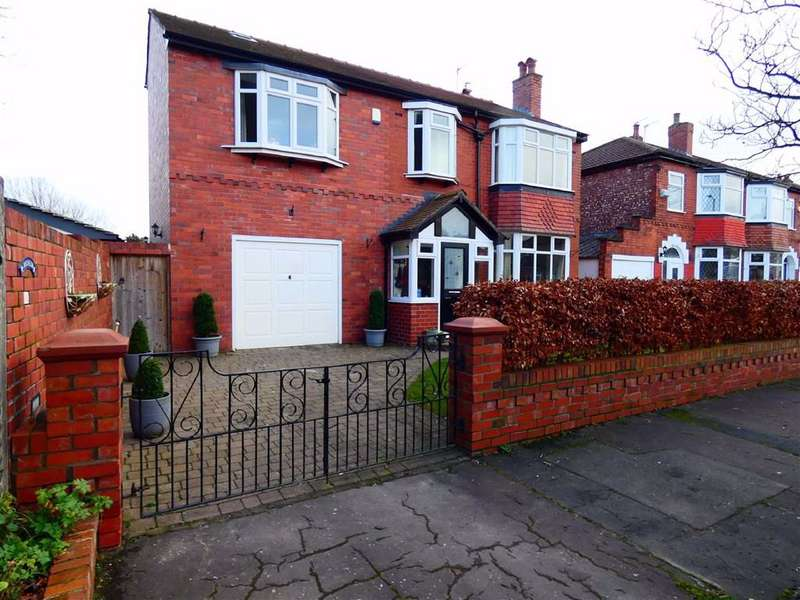 4 Bedrooms Detached House for sale in Kingsdale Road, Gorton