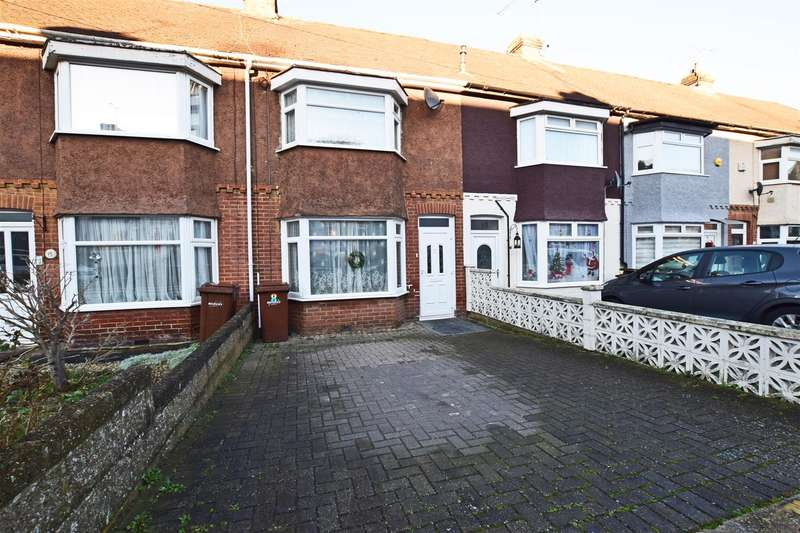 3 Bedrooms Terraced House for sale in Mitchell Avenue, Chatham