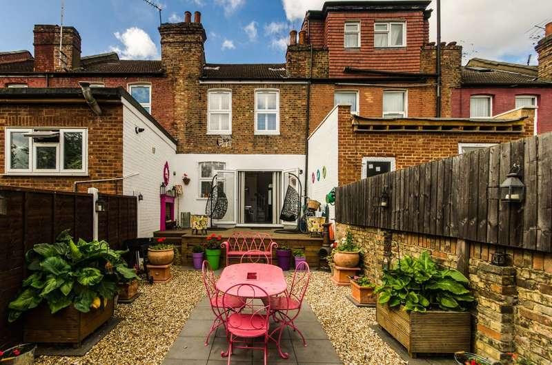 2 Bedrooms Terraced House for sale in Selwyn Road, Harlesden, NW10
