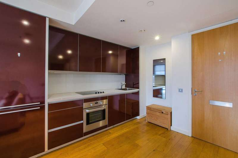 1 Bedroom Flat for sale in The Strata, Walworth Road, Elephant and Castle, SE1